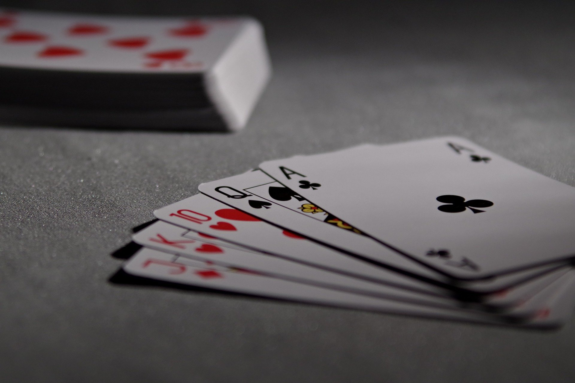 How to Play Bitcoin Poker Tips